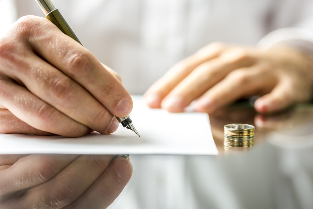 Ellis County Divorce Attorney | Law Office Wendy L Hart